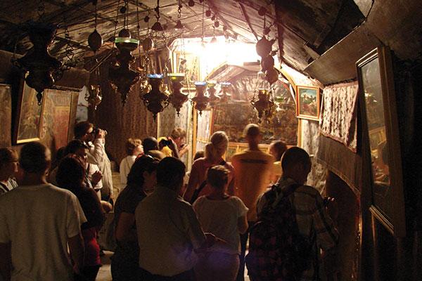 Church-of-Nativity-cave-web