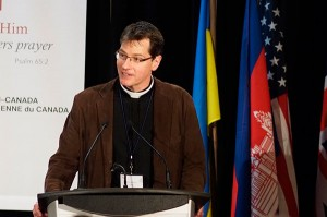Rev. Kurt Reinhardt presents at the 2014 National Convention.