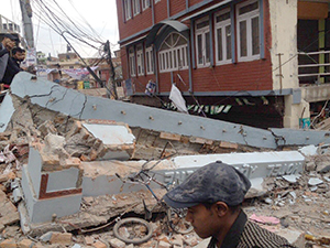 Nepal Earthquake 2015 aftermath. (Image: Krish Dulal, licensed under Creative Commons Attribution-Share Alike 4.0 International).