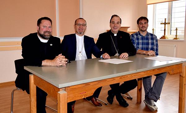 Signatories of the Ukraine agreement: Dr. Albert Collver (LCMS), Bishop Serge Maschewski (DELKU), President Robert Bugbee (LCC), Vice-President Oleg Schewtschenko (SELCU).